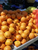 A stall selling nothing but oranges, these late varieties are fab for juicing.